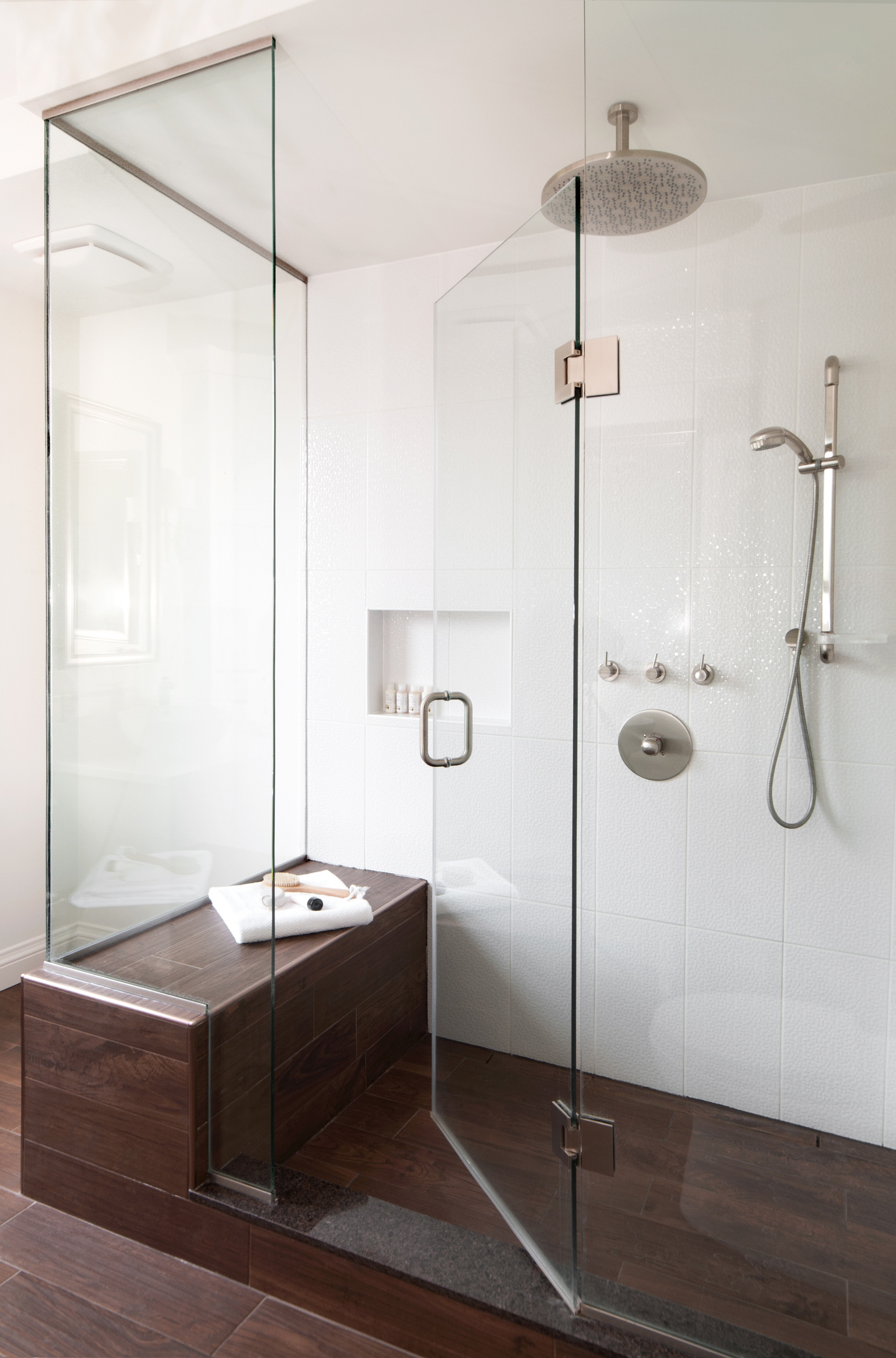 Custom Shower with Bench and Niche