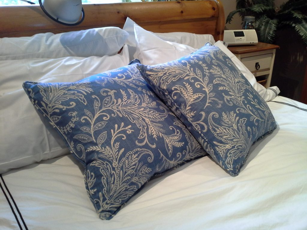 Master Bedroom Accent Cushions