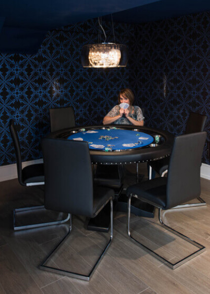 basement-poker-table-with-claire-and-pendant-lighting
