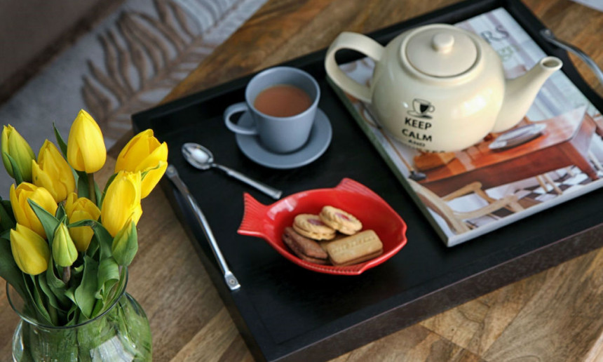coffee-table-with-tea-set-claire-jefford