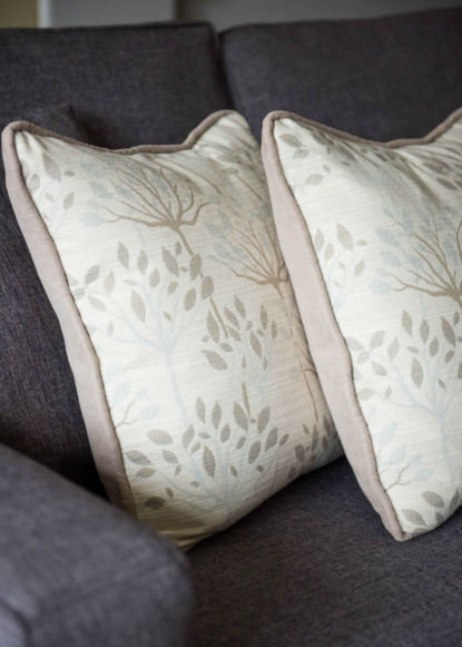 custom-fabric-on-accent-pillows-claire-jefford-interior-design