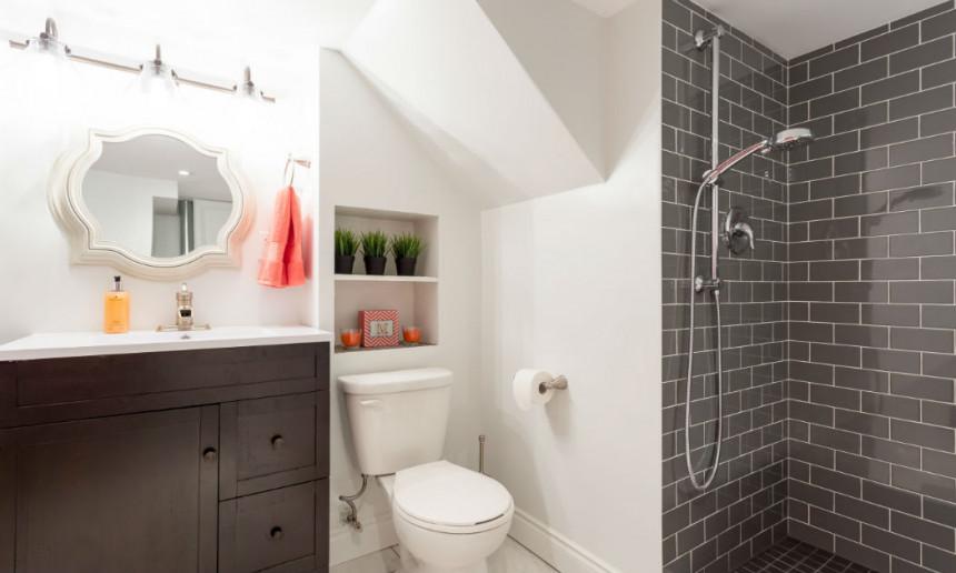 custom-vanity-in-bathroom-ontario-interior-design