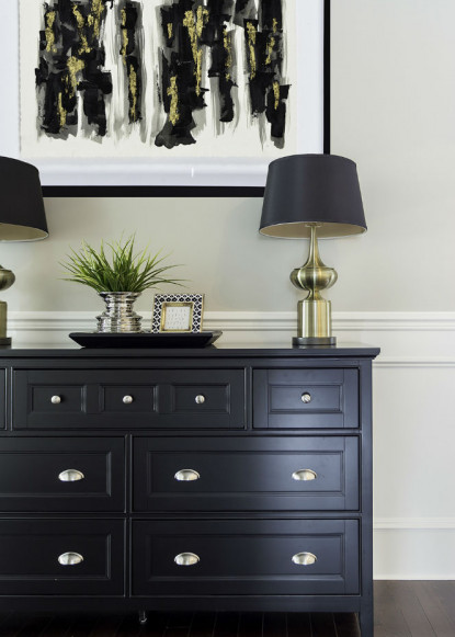 foyer-with-black-dresser-claire-jefford