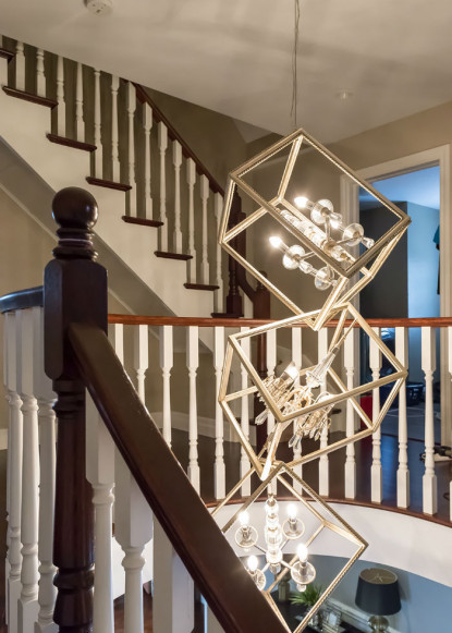 foyer-with-houdini-pendant-lighting-fixture-from-sescolite-2