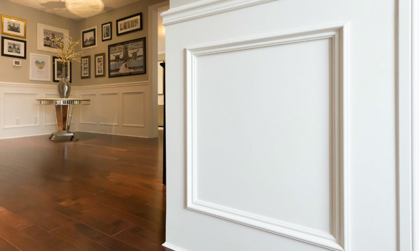 foyer-with-wainscoting-painted-cloud-white-by-benjamin-moore