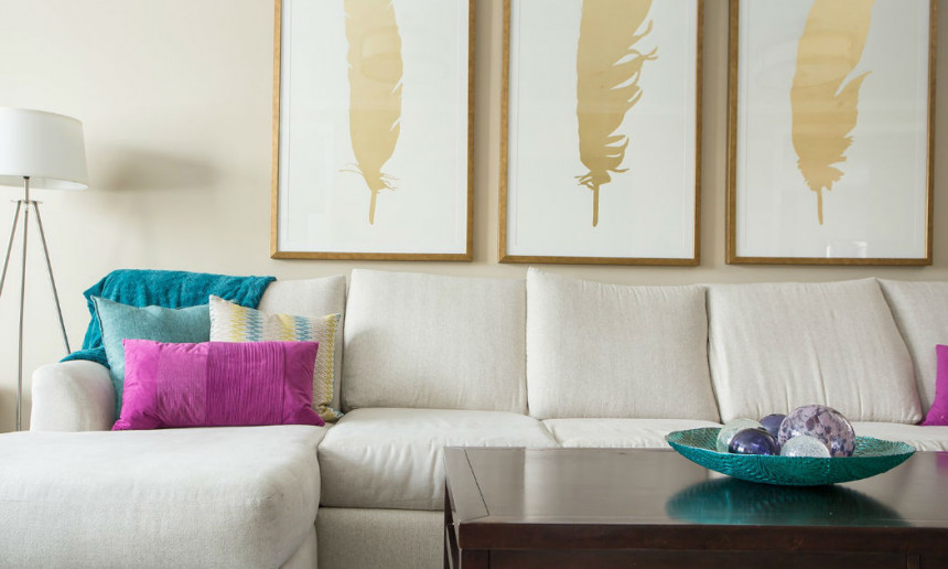 living-room-sectional-wih-gold-leaf-artwork-claire-jefford