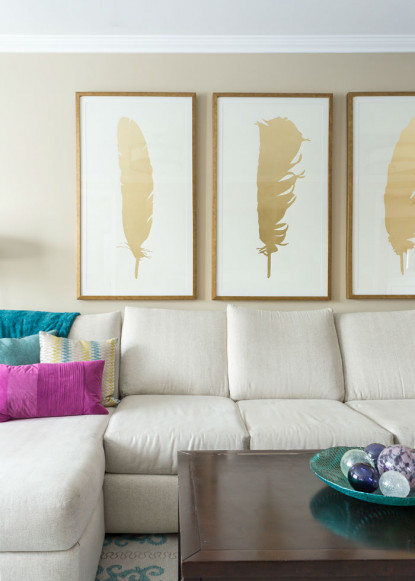 living-room-with-gold-feather-artwork-hamilton-ontario