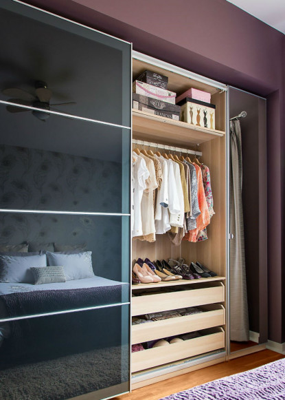 masterbedroom-closet-ikea-pax-with-storage-drawers-and-hanging-clothes-2
