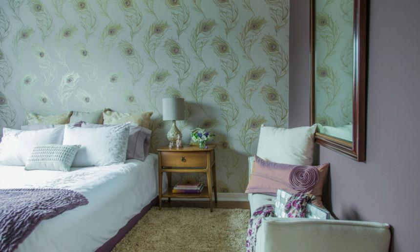 masterbedroom-with-robert-allen-wallpaper-burlington-on