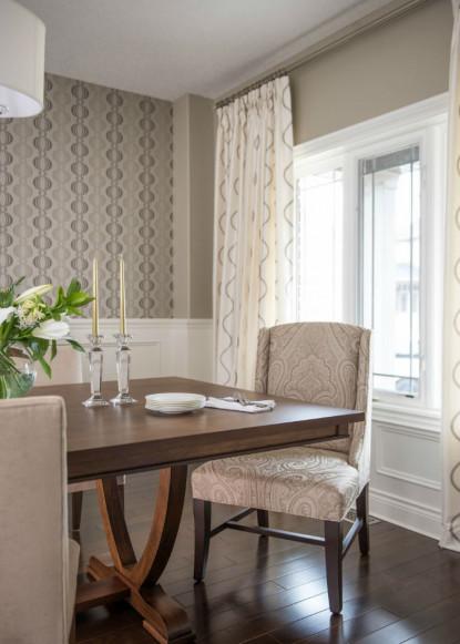 monochromatic-dining-room-with-wallpaper-_-custom-drapery-pashmina-benjamin-moore-wall-colour