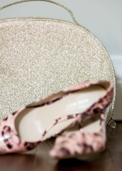 sparkly-purse-and-pink-high-heel-shoes-ontario-interior-design