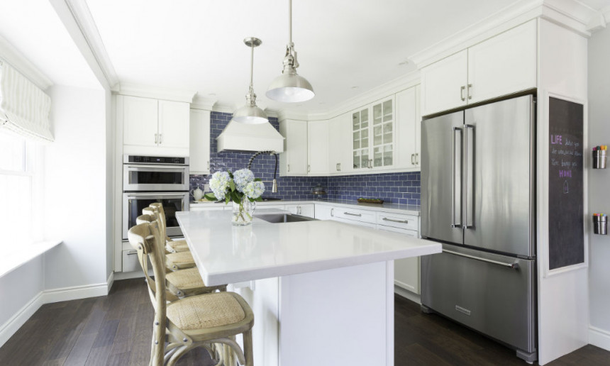 traditional-kitchen-with-custom-white-cabinetry-burlington-on