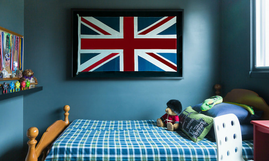 union-jack-flag-painting-in-youth-bedroom