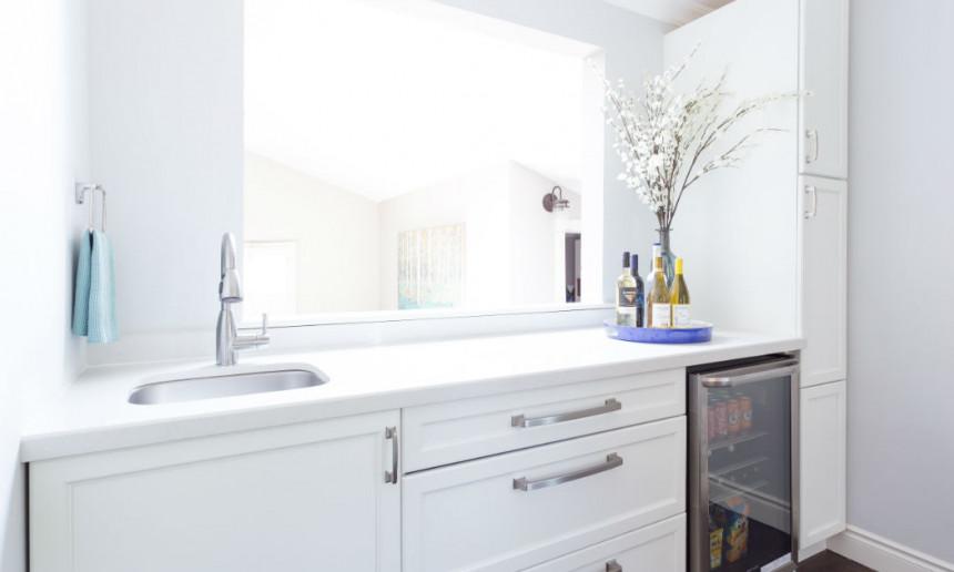 custom-white-cabinetry-burlington-ontario