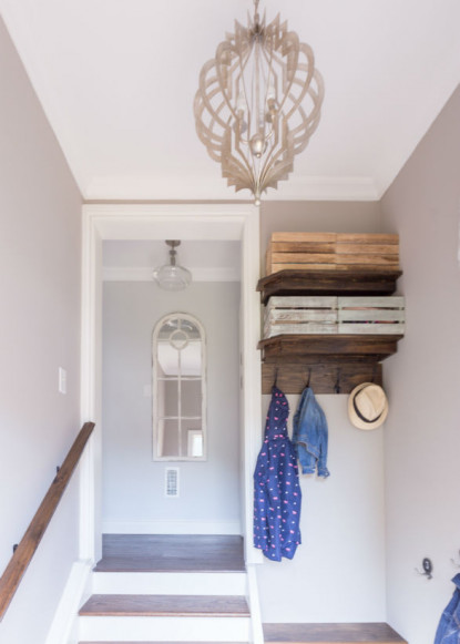 foyer-entry-with-pendant-light