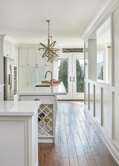 beautiful-white-kitchen-with-natural-hard-wood-floors