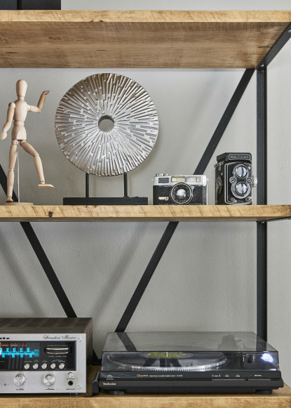 metal-and-wooden-shelving-unit-with-stereo-and-metal-accent-art-2
