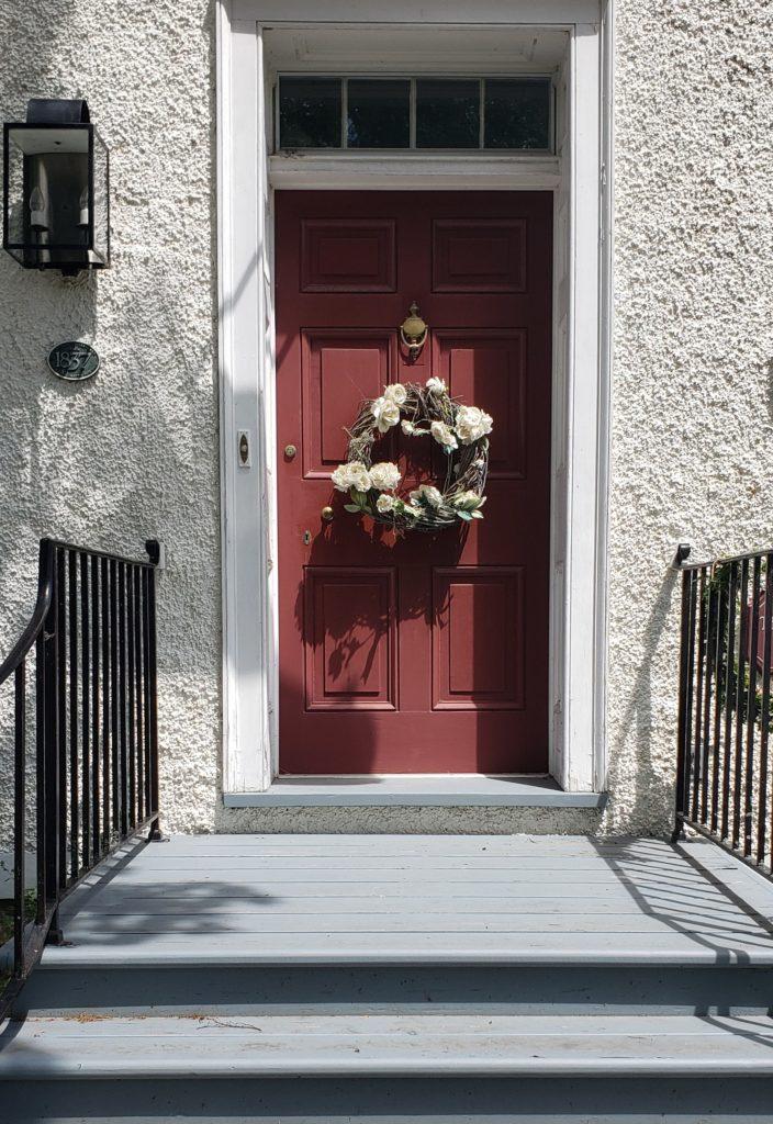 White Stucco House Burgundy Front Door Eating Room Red Farrow And Ball